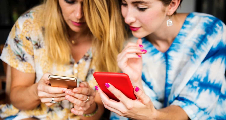 importare accessori per smartphone dalla cina