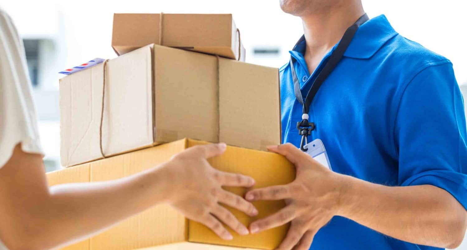 How to track a package from China and be sure to receive it